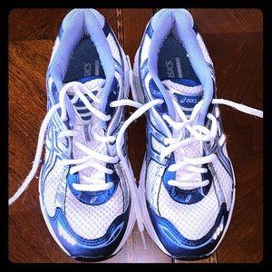 ASICS Gel running shoe size 6.5